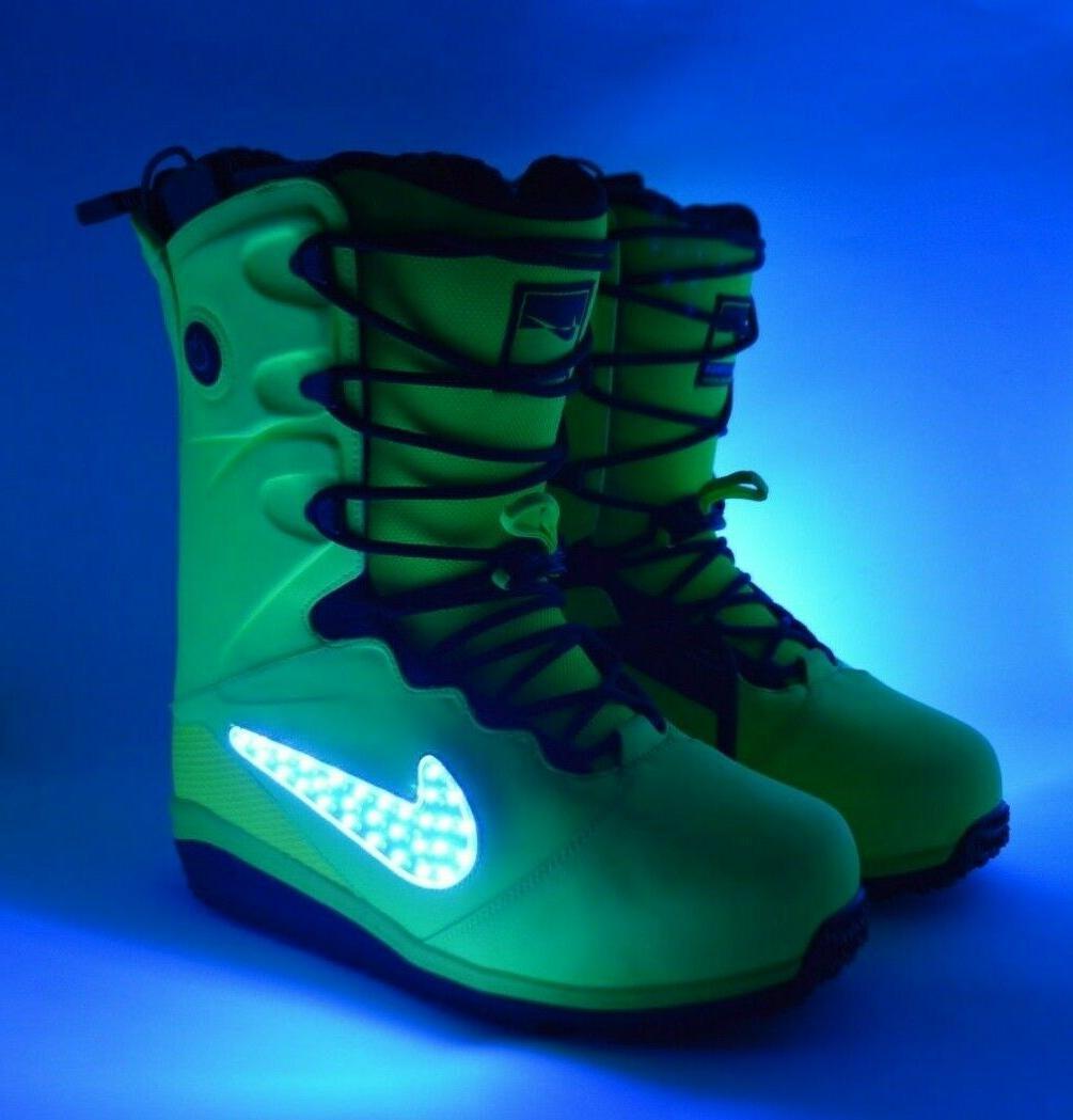 NIB MENS QS LED SNOWBOARD $1100 US